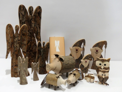 Glücksymbole aus Holz