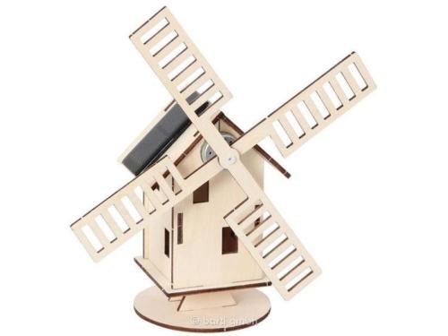 Holz-Bausatz mit Solarzellen